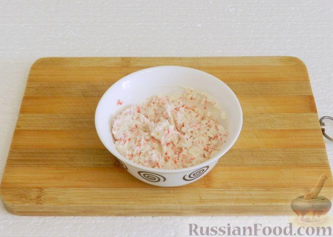 Фото приготовления рецепта: Рыба, запечённая с морковью и яблоками - шаг №11