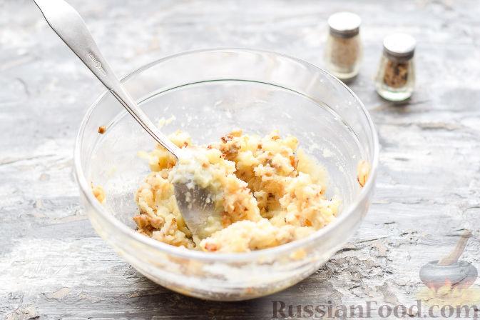 Фото приготовления рецепта: Салат «Весенний» с курицей и овощами - шаг №2