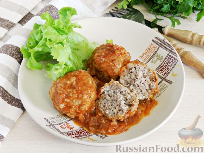 Фото приготовления рецепта: Куриные котлеты в томатном соусе, в духовке - шаг №9