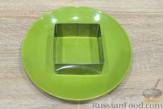Фото приготовления рецепта: Открытый пирог из песочного творожного теста с яблочно-маковой начинкой - шаг №15