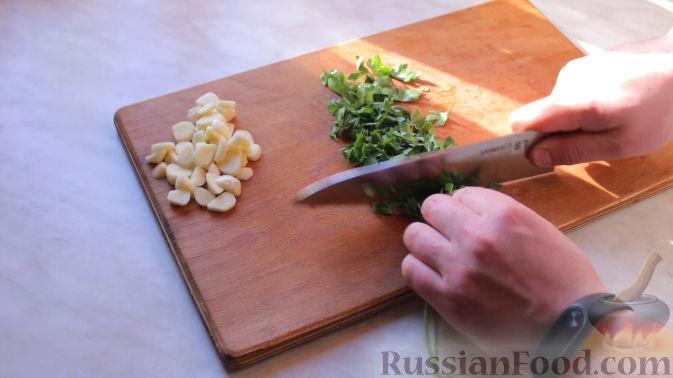 Фото приготовления рецепта: Шурпа в казане на костре - шаг №7