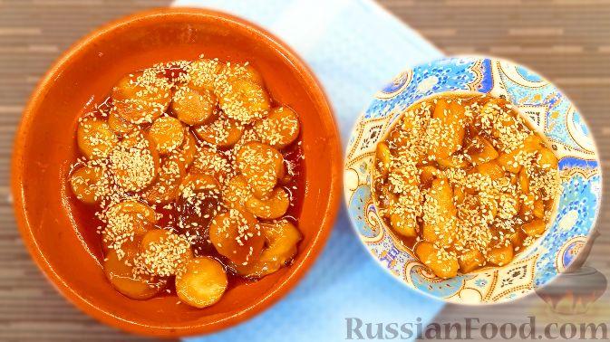 Фото приготовления рецепта: Томатный суп с яичницей-болтуньей, имбирём и острым перцем - шаг №1
