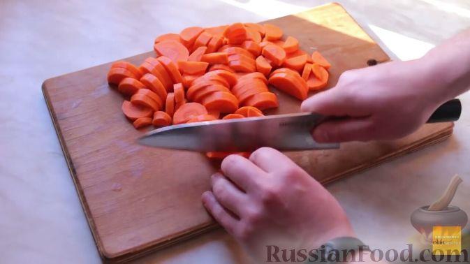 Фото приготовления рецепта: Шурпа в казане на костре - шаг №3