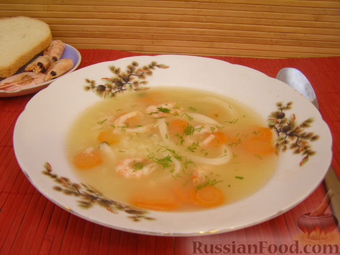 Рецепт Быстрый суп с креветками и кальмарами