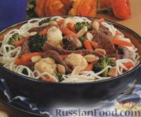 Фото к рецепту: Соус из мяса и овощей по-тайски