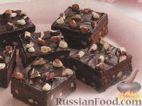 Фото к рецепту: Шоколадные брауни с фундуком