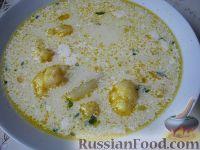 Фото к рецепту: Суп сырный с цветной капустой