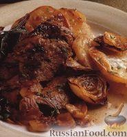 Фото к рецепту: Баранья голень, запеченная в духовке с картофелем