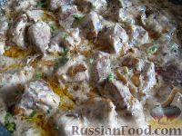 Фото к рецепту: Тушеная свиная печень в сметане