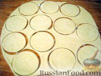 Фото приготовления рецепта: Классические пончики - шаг №5