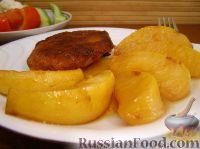 Фото к рецепту: Айва тушеная с медом и красным вином
