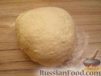 Фото приготовления рецепта: Шарики творожные жареные - шаг №7