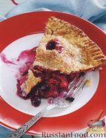 Фото к рецепту: Песочный пирог с ягодами, яблоками и ревнем