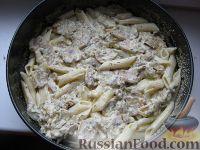 Фото приготовления рецепта: Макаронник с грибами - шаг №5