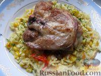 Фото приготовления рецепта: Жареная курица на сковороде - шаг №6