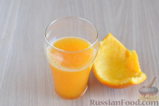 Фото приготовления рецепта: Куриные сердечки в апельсиновом соусе с розмарином - шаг №7