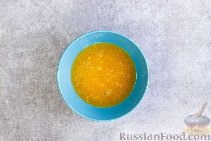 Фото приготовления рецепта: Ньокки из картофеля, сельдерея и моркови, с грецкими орехами - шаг №6
