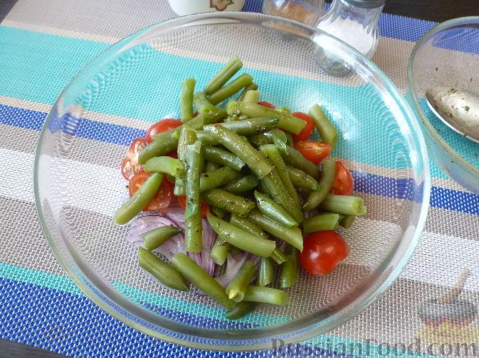 Фото приготовления рецепта: Салат из стручковой фасоли - шаг №7