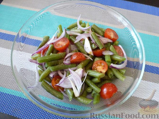 Фото приготовления рецепта: Салат из стручковой фасоли - шаг №8