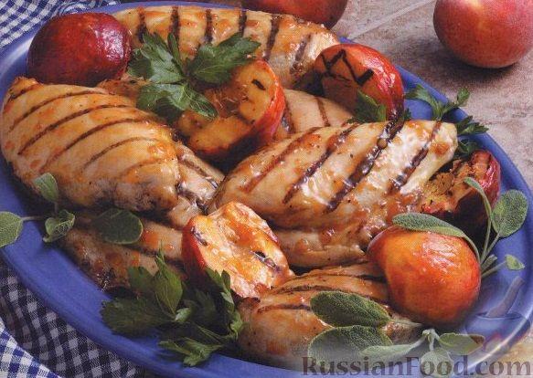 Рецепт Глазированное куриное филе с персиками, жаренное на гриле