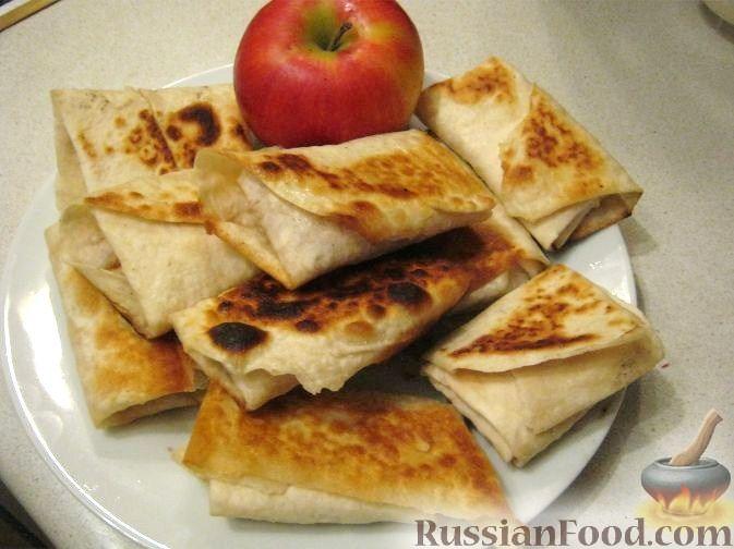 Рецепт Рулетики из лаваша с яблоками
