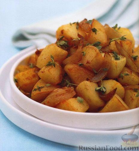 Рецепт Жареный картофель с луком, чесноком и тимьяном