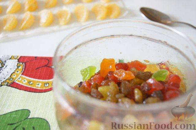 Фото приготовления рецепта: Быстрый рождественский кекс - шаг №3