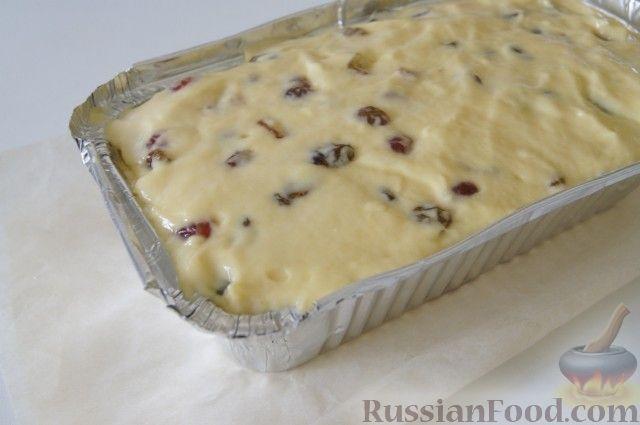 Фото приготовления рецепта: Быстрый рождественский кекс - шаг №7