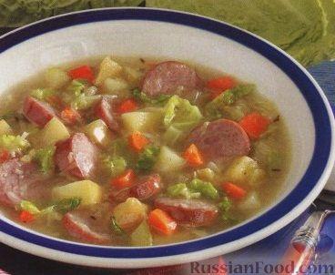 Рецепт Капустный суп с копчеными колбасками и яблоками
