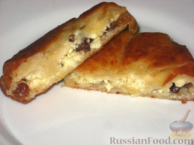 Рецепт Жареные пирожки с творогом и изюмом
