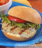 Фото к рецепту: Гамбургер с рыбой и зеленью