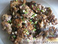 Фото к рецепту: Печень говяжья, жаренная в яйце
