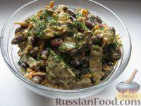 Фото к рецепту: Салат из фасоли с печенью