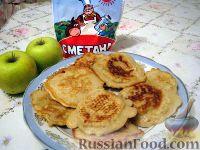 Фото к рецепту: Оладушки яблочные
