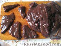 Фото приготовления рецепта: Говяжья печень, жаренная в масле - шаг №3