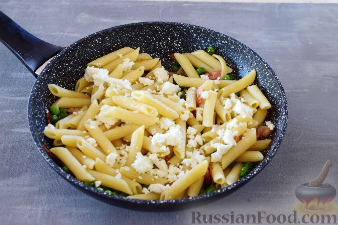 Фото приготовления рецепта: Баклажаны с тушёнкой и помидорами - шаг №9