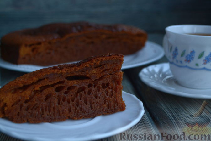 Фото приготовления рецепта: Апельсиновый кекс с клюквой и белковой глазурью - шаг №7