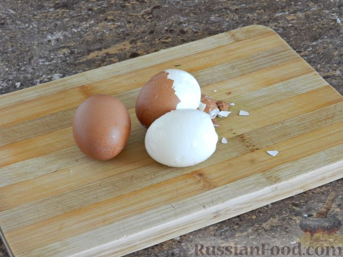 Фото приготовления рецепта: Литовский холодник из свеклы - шаг №3