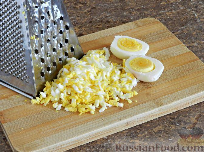 Фото приготовления рецепта: Литовский холодник из свеклы - шаг №5