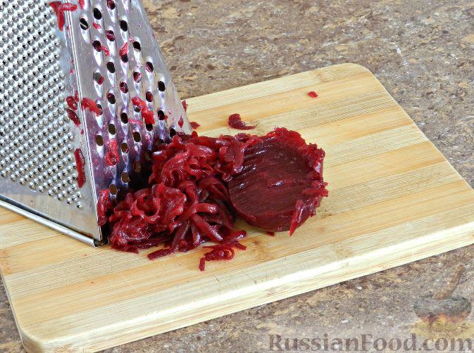 Фото приготовления рецепта: Литовский холодник из свеклы - шаг №4