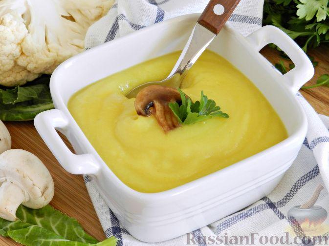 Фото приготовления рецепта: Суп-пюре из цветной капусты с шампиньонами - шаг №14