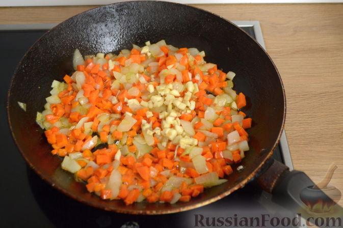 Фото приготовления рецепта: Суп с куриными сердечками - шаг №4