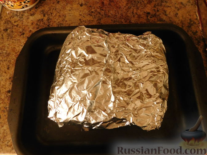 Фото приготовления рецепта: Шоколадный брауни с вишней (постный) - шаг №6