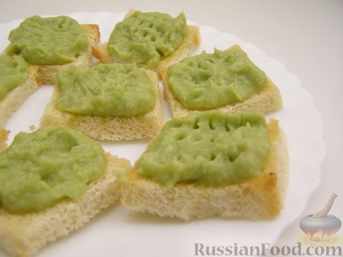 Рецепт Крутоны с паштетом из авокадо