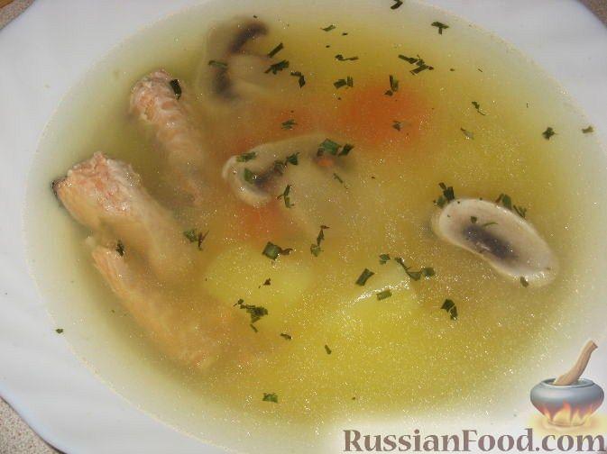 Рецепт Уха из горбуши с грибами