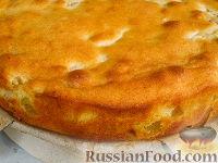 Фото приготовления рецепта: Нежный яблочный пирог-торт - шаг №10