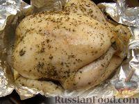 Фото приготовления рецепта: Курица в фольге - шаг №5