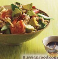 Фото к рецепту: Рис с креветками и авокадо
