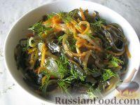 Фото к рецепту: Салат из морской капусты