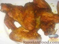 """Фото к рецепту: Куриные крылышки """"как копченые"""""""